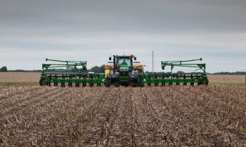 CroppedImage350210-GreatPlains-60-Bulk-Yield-Pro.jpg