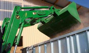 CroppedImage350210-JD-H380loader-2016.jpg