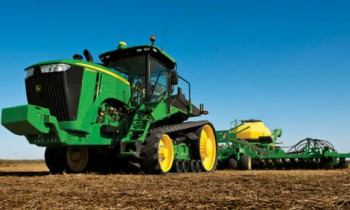 CroppedImage350210-JohnDeere-9460RT-2015.jpg