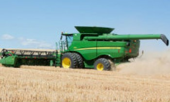 CroppedImage350210-JohnDeere-Combines.jpg